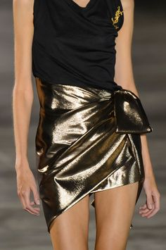 March 19 2017 at 06:01PM from parisfashionhouse