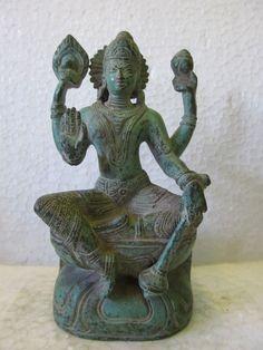 Vintage Look Solid Brass Bronze Hindu Goddess Laxmi Davi Statue Figure C245