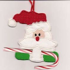 This free embroidery design is from Embroidery Machine Designs In the Hoop Candy Cane Ornaments collection. Sewn Christmas Ornaments, Fabric Ornaments, Christmas Embroidery, Felt Ornaments, Christmas Patterns, Christmas Crafts, Christmas Tree, Machine Embroidery Projects, Machine Embroidery Applique