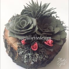 Felt Succulent Planter, Wood Planter with Felt Succulent, Felt Succulents, Succulents, Wood Planter, Desk Accesories by juliettesdesigntr on Etsy https://www.etsy.com/listing/523634852/felt-succulent-planter-wood-planter-with