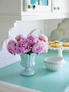 Great use of vintage style vases