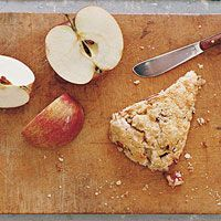 Apple-Oatmeal Scone from Rachel Ray Nothing brings on the rush of autumn quite like a crisp apple.
