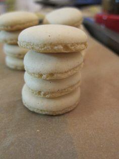 Risultati immagini per anisplaetzchen rezepte Quick Recipes, Biscotti, Macarons, Recipies, Spices, Bread, Meals, Cookies, Desserts