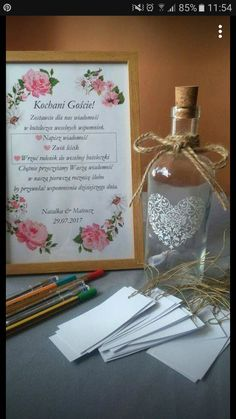 Wedding Gifts For Guests Księga gości Wedding Gifts For Guests, Wedding Cards, Wedding Favors, Birthday Party Decorations For Adults, Wedding Table Decorations, My Perfect Wedding, Dream Wedding, Wedding Day, Guest Gifts