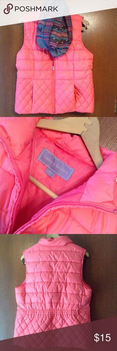 Bright, coral colored vest with quilted detail!🌸 Not even sure this was worn so practically new without tags! Excellent condition and smoke free! Perfect piece for fall/winter while adding a nice pop of color! It's a bright coral color. Quilted detail around the bottom and gathered back. Zip front and two front pockets! Bust measures 20.5 inches laid flat. Hips are 21. Length is 25.5. Have questions? Feel free to ask! Fair offers are welcomed in my closet or you can bundle and save. Thanks…