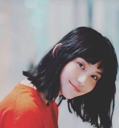 Yuri Girl, Korean Boys Hot, Smoke Photography, Ulzzang Korean Girl, Mean Girls, Actor Model, Girl Crushes, Aesthetic Girl, Pretty People