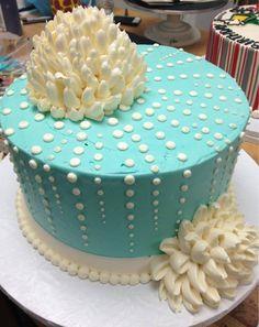 The White Flower Cake Shoppe Buttercream Decorating, Buttercream Cake, Cake Decorating, Frosting, Pretty Cakes, Beautiful Cakes, Amazing Cakes, Fancy Cakes, Mini Cakes