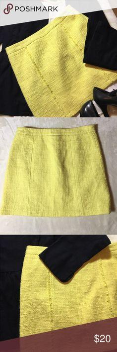 Kenar Kenar, size 2, super cute yellow mini. Lining intact. Kenar Skirts Mini