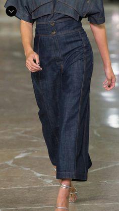 Denim Skirt Jean Skirt Lime Green Skirt Denim Skirt With Leggings Pleated Skirt Outfit Denim Culottes Outfits, Pleated Skirt Outfit, Denim Outfit, Jean Outfits, Skirt Outfits, Estilo Jeans, Denim Art, All Jeans, Denim Trends