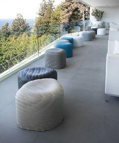 River Stones outdoor poufs   Tonon Italia   design Mac Stopa /// River Stones pufy outdoor   Tonon Italia   design Mac Stopa