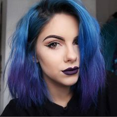 21 Blue Hair ideas that you'll love - 21 Blue Hair ideas that you'll love Blue ombre hair dye by sophiehannahrichardson Dyed Hair Ombre, Dye My Hair, Hair Color Dark, Ombre Hair Color, Hair Colour, Color Streaks, Dark Hair, Color Blue, Blue Purple Hair