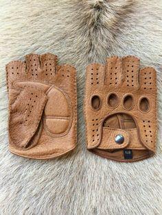 Fitness Lederhandschuhe Fingerlose handschuhe Fitness Leather Gloves Bicycle gloves Mens Gloves, Leather Gloves, Bike Gadgets, Workout Gloves, Driving Gloves, Deer Skin, Vintage Leather, Fingerless Gloves, Arm Warmers