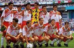 Mexico en el Campeonato Mundial de Futbol USA94 Football Team Kits, National Football Teams, Soccer Fans, Dream Team, Red And White, Baseball Cards, South America, World Championship, Football Team