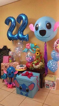 Stich Party Decor and Gift Inspiration! Luau Birthday, Disney Birthday, Birthday Party Themes, Lelo And Stitch, Stitch Cake, Disney Stich, Cute Stitch, Friend Birthday Gifts, Diy Gifts