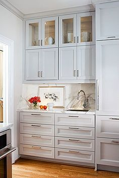 drawers in kitchen, cabinets to ceiling