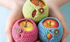 Crochet Apple cosy pattern - Mollie Makes