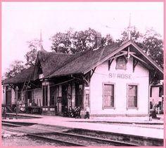 STE-ROSE, Québec - Construite 1876 ,la gare était  desservie par la voix ferrée - Chemin de fer de la colonisation du Nord après CPR et AMT..      -  Néo Gothic Revival Peaked chalet suisse style architecture