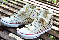 How to Guide: Studded Converse Chuck Taylor Sneakers ~ SOLIFESTYLE