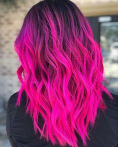 The 13 Hottest Mermaid Hair Color Ideas You'll See in 2019 - Style My Hairs Vivid Hair Color, Cute Hair Colors, Pretty Hair Color, Bright Hair Colors, Beautiful Hair Color, Hair Color Pink, Hair Dye Colors, Bright Colored Hair, Long Pink Hair