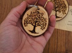 55 New Ideas for diy wood burning art etsy Wood Burning Tool, Wood Burning Crafts, Wood Burning Patterns, Wood Crafts, Tree Slices, Wood Slices, Diy Clothes Rack, Pyrography Patterns, Diy Gifts For Him