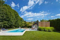 Gartenhaus mit Terrasse - ein modernes Projekt aus den USA
