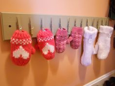 homemade hat and mitten drying rack Winter Gear, Winter Hats, Winter Fun, Winter Season, Hat Storage, Storage Ideas, Closet Storage, Closet Organization, Storage Solutions