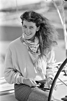 Florence Arthaud (1957 / 2015) un dernier voyage pour retrouver les grands navigateurs
