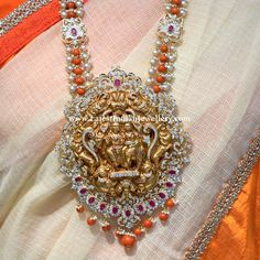 The collection showcased here is all about coral beads and diamond sets by the boutique of Raj diamonds. Indian Jewellery Design, Bead Jewellery, Indian Jewelry, Beaded Jewelry, Jewelry Design, Handmade Jewellery, Latest Jewellery, Diamond Jewellery, Glass Jewelry
