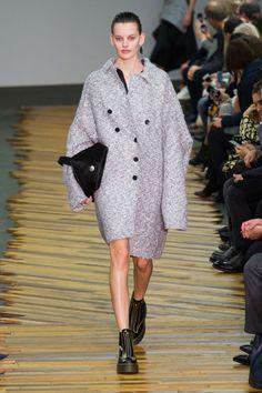 Płaszcze na jesień, Céline jesień-zima 2014/2015, Paris Fashion Week, fot. Imaxtree