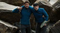 Leonard McCoy y Spock protagonizan el nuevo clip de 'Star Trek: Más allá', tercera entrega del reboot de la mítica saga de ciencia ficción