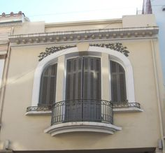 Greece House, Old Greek, House Ceiling Design, Window Design, Neoclassical, Classic House, Athens, Windows, Doors