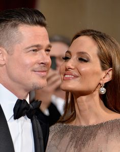 Look Back at Angelina Jolie & Brad Pitt's Sweetest Red Carpet Moments: Photo Angelina Jolie and Brad Pitt may have just announced that they're calling it quits, but the former power couple did share 12 happy years together. Brad and Angelina… Angelina Jolie Fotos, Angelina And Brad Pitt, Brad And Angie, Angelina Jolie Makeup, Mr And Mrs Smith, Jolie Pitt, Famous Couples, Grunge Hair, American Actress