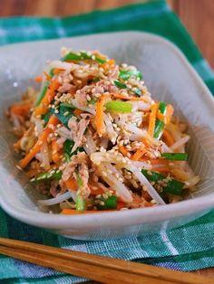 茹でません!!抱えて食べたい♪『シャキシャキ♡湯かけ野菜の3色ナムル』|LIMIA (リミア)