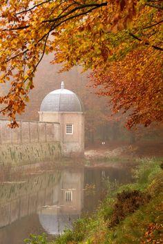 ~ An Autumn Romance ~
