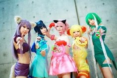 Tokyo Mew Mew cosplay! I remember this show, I loved it when I was little. I wish they still played it!