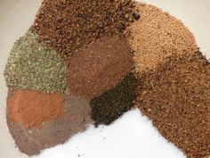 The spice mixture - grill - wurst German Sausage, Bratwurst, Smoking Meat, Spice Mixes, Charcuterie, Grilling, The Cure, Spices, Food And Drink