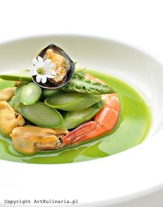 Seafood in Asparagus Broth. Seafood in asparagus broth. (in Polish) Seafood Recipes, Soup Recipes, Tasty, Yummy Food, Fish And Seafood, Finger Foods, Food Art, Asparagus, Stew