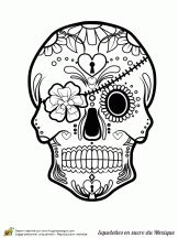 A Mexican sugar skull to be colored with its flower headband. Skull Coloring Pages, Colouring Pages, Coloring Books, Free Adult Coloring, Printable Adult Coloring Pages, Mexican Skulls, Mexican Art, Desenhos Halloween, Sugar Skull Art