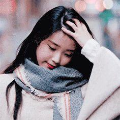 Snsd, Iu Gif, Best Photo Poses, Wattpad, Korean Girl, Asian Girl, Blackpink Fashion, Aesthetic Gif, Jimin Jungkook