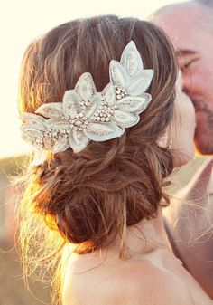 elegant and classic lace and diamand wedding hairpiece