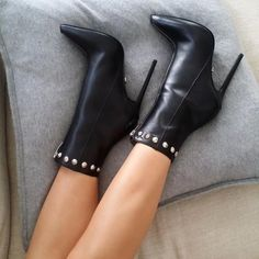 2020 brand fashion women boots sexy high heels ankle boots for women chelsea boots winter and autumn woman shoes plus size 42 High Heel Boots, Shoes Heels Boots, Pumps Heels, Heeled Boots, Stiletto Heels, Bootie Boots, Ankle Boots, Dr Shoes, Next Shoes