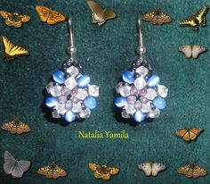 Small flower Beaded earrings. Aros. Aretes artesanales