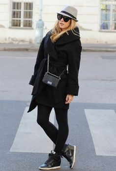 I must find these shoes!!! All black!!