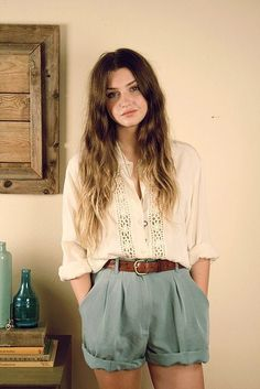 Sweet. Comfy shorts and a pretty top | indie outfit | indie fashion | teen fashion | teen outfit |