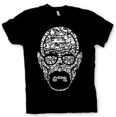 """Camiseta Breaking Bad. Walter White, collage Original camiseta basada en la exitosa serie de TV """"Breaking Bad"""", con la imagen de Walter White confeccionada con alguno de los objetos más reconocibles de la serie."""