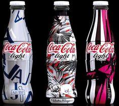 Chaque jour, 1.5 milliard de bouteilles de Coca-Cola sont vendues dans le monde. Rien que ça. Après notre top des prochains coca et le top des meilleures affiches de pub, Petite sélection des designs