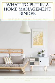 Ever wondered what a home management binder was or what to put it in? This post will help you put your own home binder together. Household Binder, Household Products, Binder Dividers, Home Binder, Meal Planning Printable, Home Management Binder, Plastic Design, Home Economics, Home Organization Hacks
