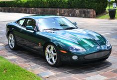 Bid for the chance to own a 2005 Jaguar XKR at auction with Bring a Trailer, the home of the best vintage and classic cars online. Jaguar Pictures, Car Pictures, Best Classic Cars, Classic Cars Online, Jaguar Xk8, Jaguar Cars, Bentley Mulsanne, British Sports Cars, British Car