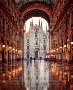 """42k Likes, 388 Comments - ITALIA  (@ig_italia) on Instagram: """" @jan9.0  #Milano Da quando è stata restaurata. in occasione di Expo, la Galleria Vittorio…"""""""
