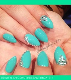 Beautiful summer color nails ..